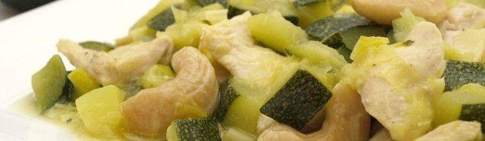 Calabacín con pollo, puerro y anacardos - MisThermorecetas