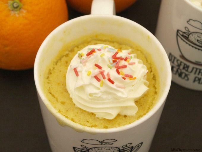 Mug Cake de naranja con pepitas de chocolate - MisThermorecetas