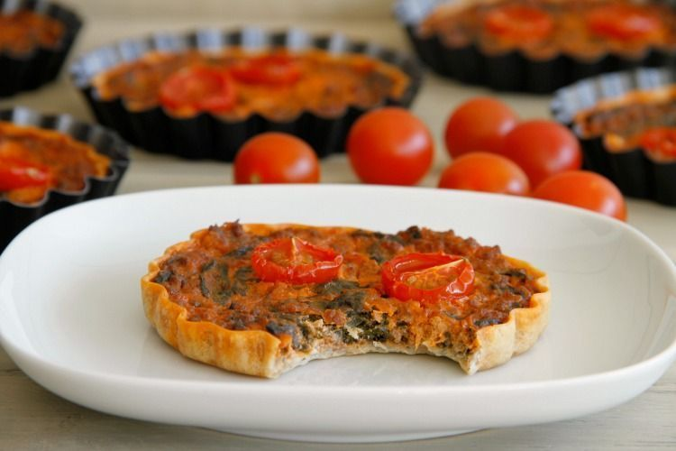 Tartaletas de acelga, requesón y carne - MisThermorecetas