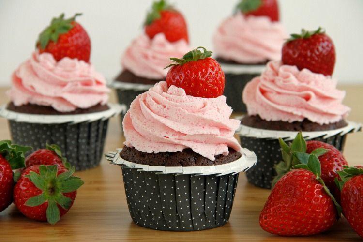 Cupcakes de chocolate y fresa - MisThermorecetas