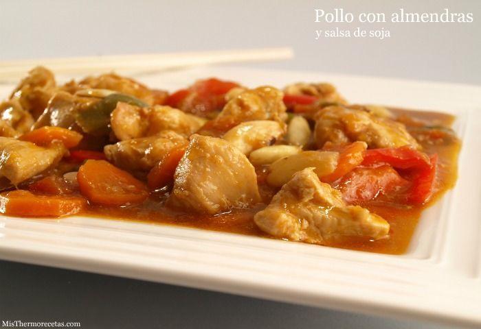 Pollo con almendras y salsa de soja