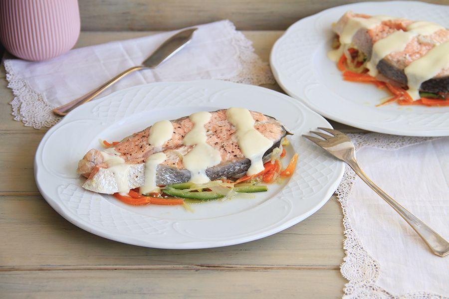 Papillote de salmón con verduras