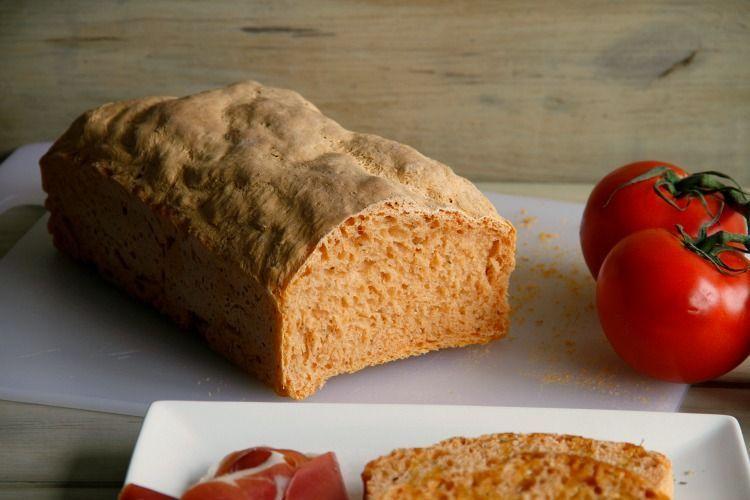 Pan de molde con tomate y orégano - MisThermorecetas