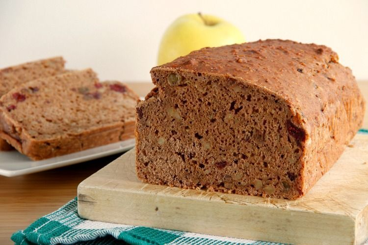 Pan de manzana, nueces y uvas pasas - MisThermorecetas