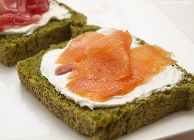 Pan verde o pan integral de espinacas
