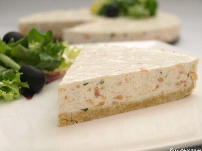 Tarta de queso con salmón y lima