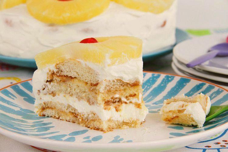 Tarta de piña y crema de queso