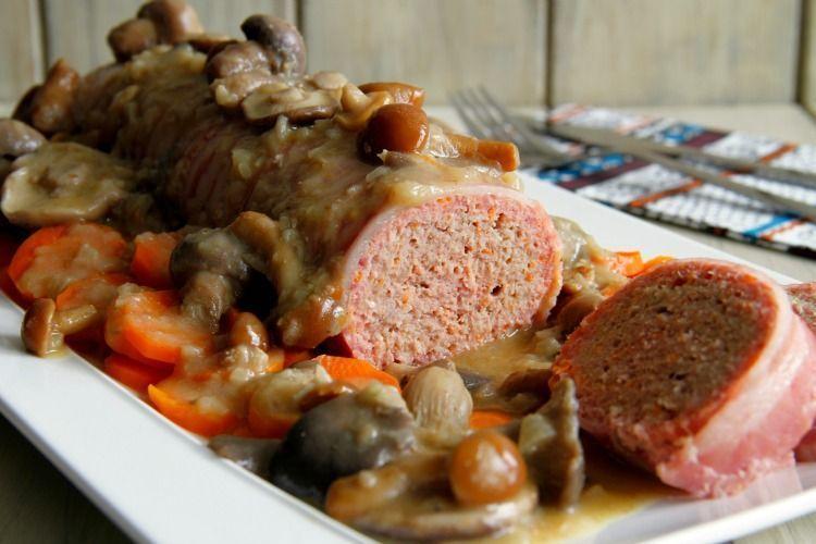 Pastel de carne con salsa de setas