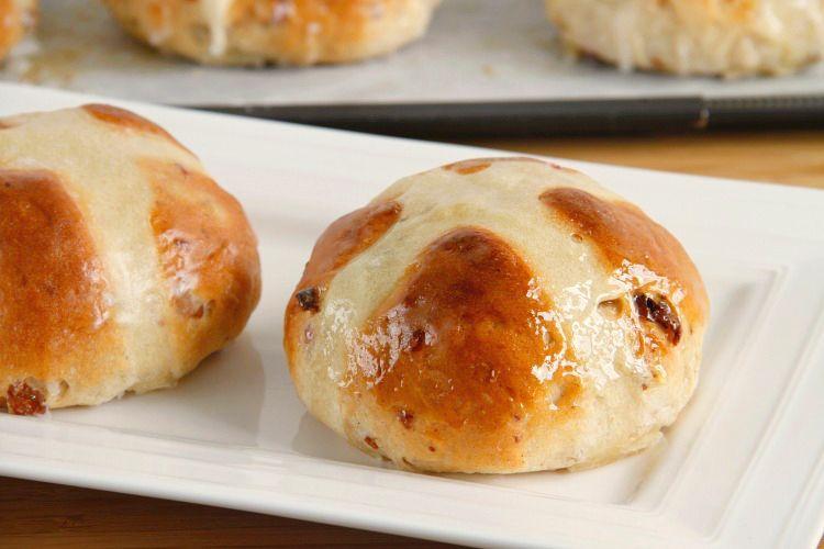 Hot cross buns (Panecillos de Pascua)