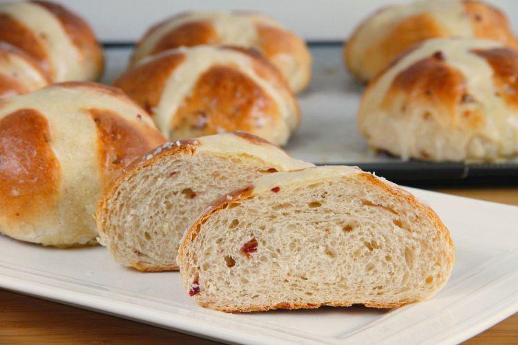 Hot cross buns (Panecillos de Pascua) - MisThermorecetas