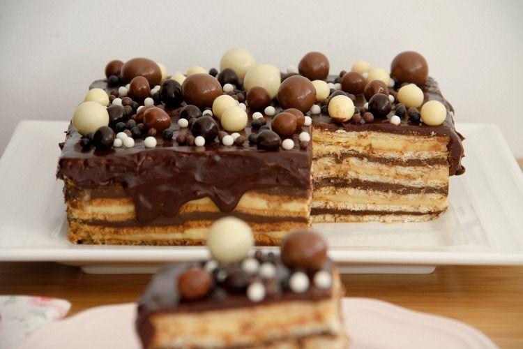 Tarta de galletas y crema, para cumpleaños