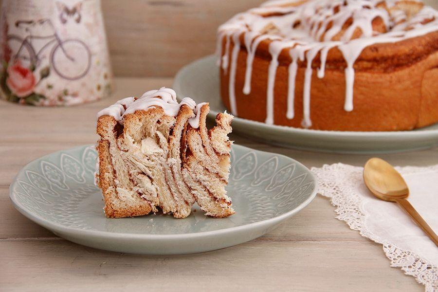 Cinnamon Roll Cake o Pastel Rollo de Canela
