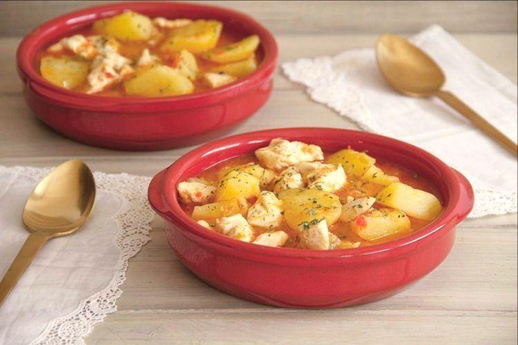 Cazuela de patatas con pollo (para dos), con Thermomix