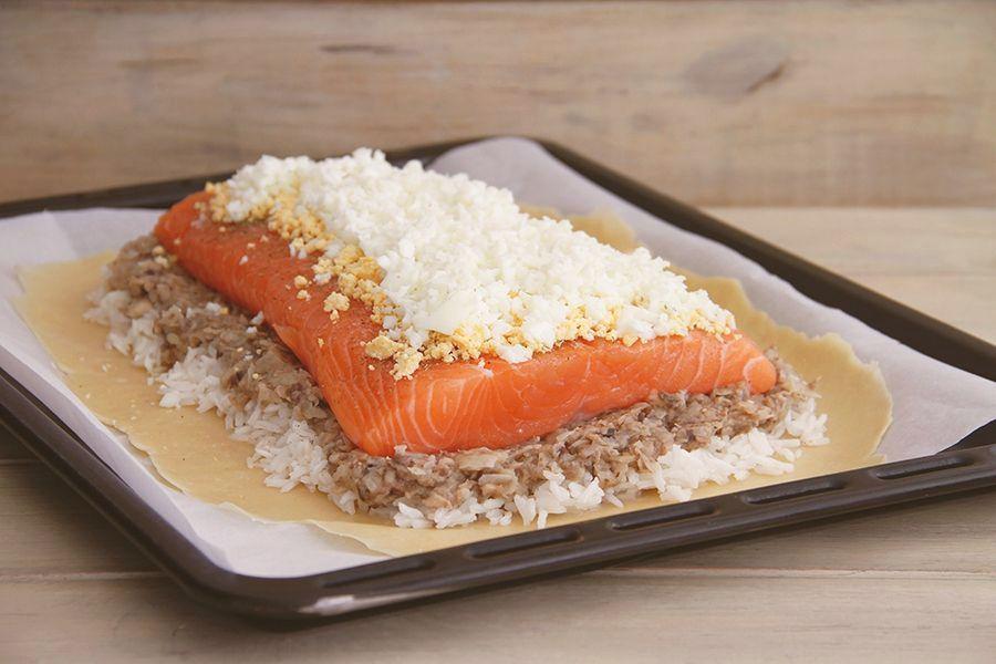 Empanada rusa de salmón (Kulibiak)