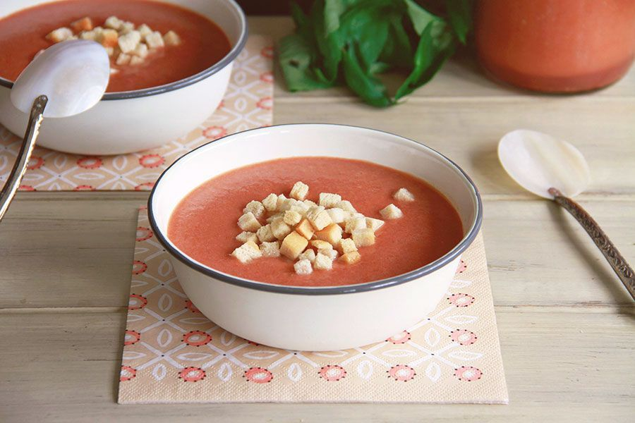 Gazpacho de tomate y albahaca